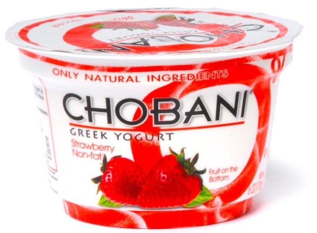 chobani-greek-yogo-strawberry-b1121112