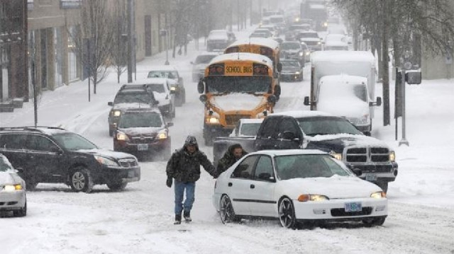 b54ebcd4-2dc6-4ad5-bb3a-91cfac407893-140206_winter_weather_oregon_3
